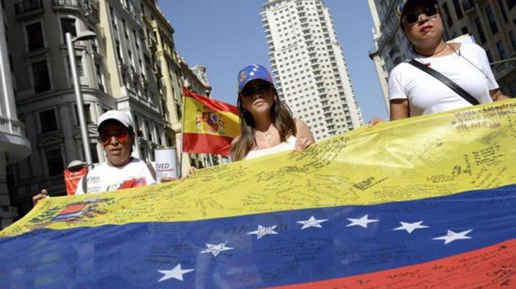 España ayudará a venezolanos sin asilo político